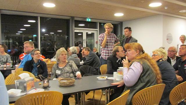 Der er god stemning i Valgcafeen i Administrationscenteret. Foto: Jesper von Staffeldt.