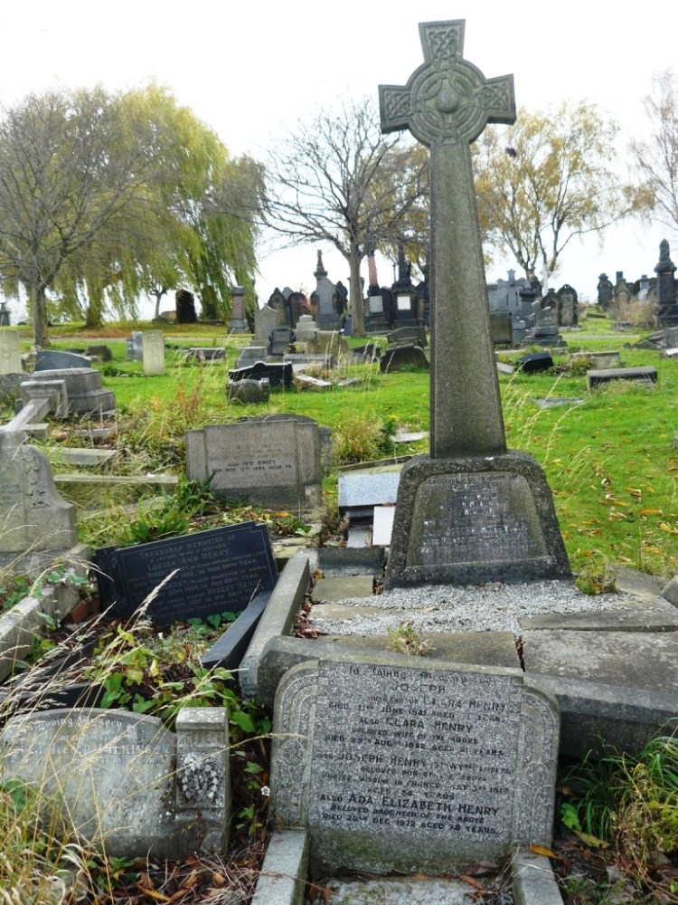 Joseph Henry 1845 - 1923 .Uncrowned 'King of Holbeck' (2/2)