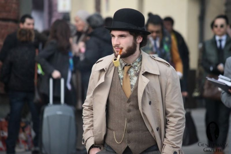 Brown-tones-with-black-bowler-flowery-shirt-and-pipe-900x600.jpg