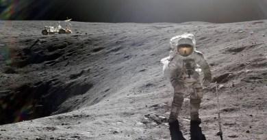 Mennyi ideig tartana körbesétálni a Holdat?