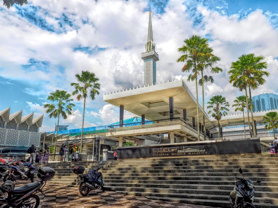 Image result for The National Mosque of Malaysia