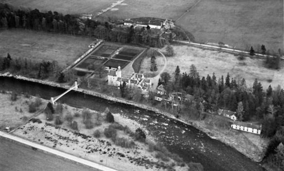 abergeldie-from-above-1950-c