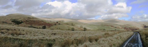 ashentrool-to-loss-the-ochils-march-2003