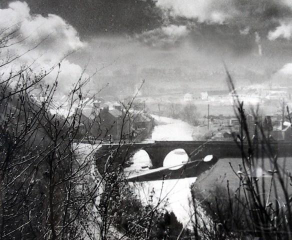 old-bridge-weir-edge-drama
