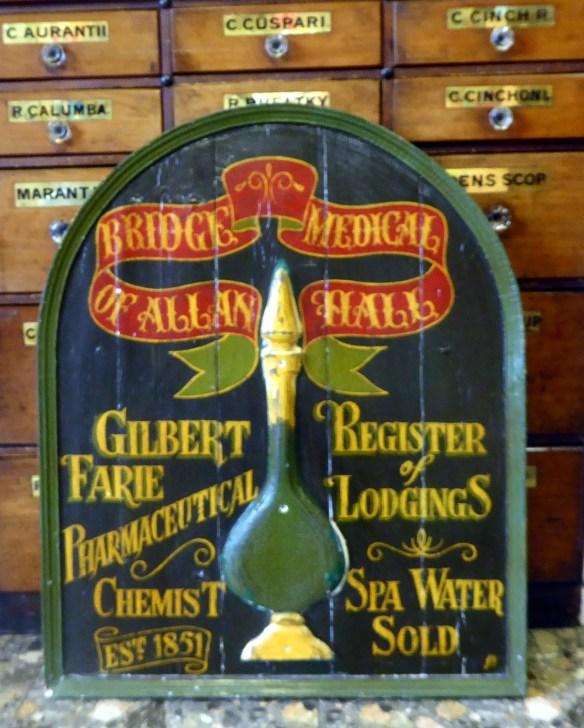 pharmaceutical-chemist-gilberts-original-sign