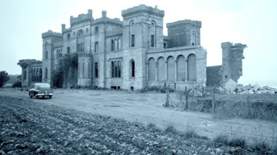 Rossie Castle, Montrose, July 1957 (17)