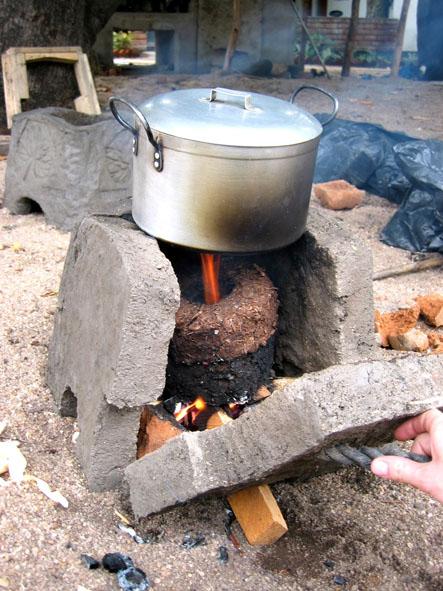 Briquette in Mdula stove