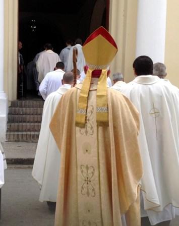 procesionEntrada