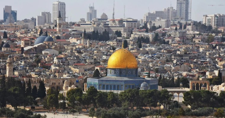 A morning on Temple Mount