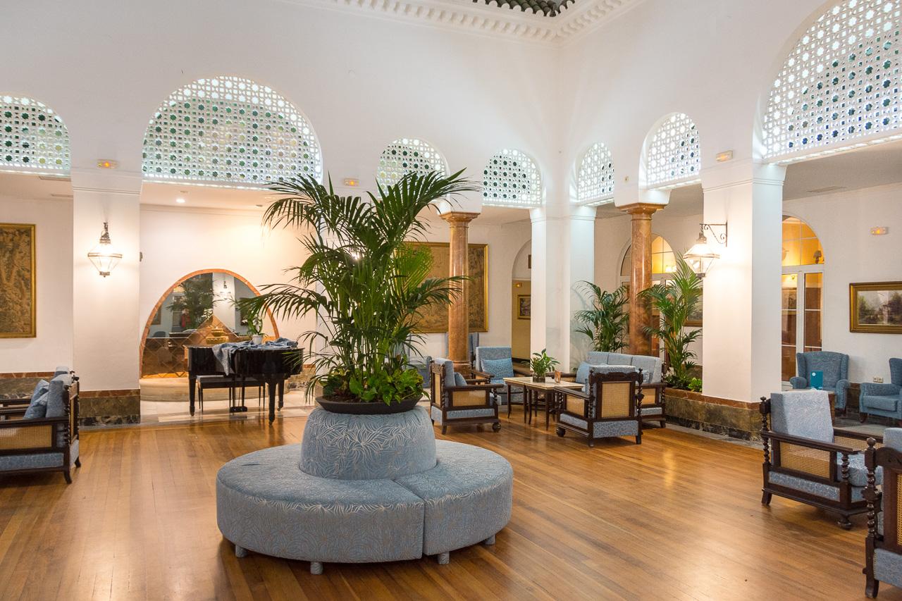 Hotel Review: Hotel Globales Reina Cristina, Algeciras