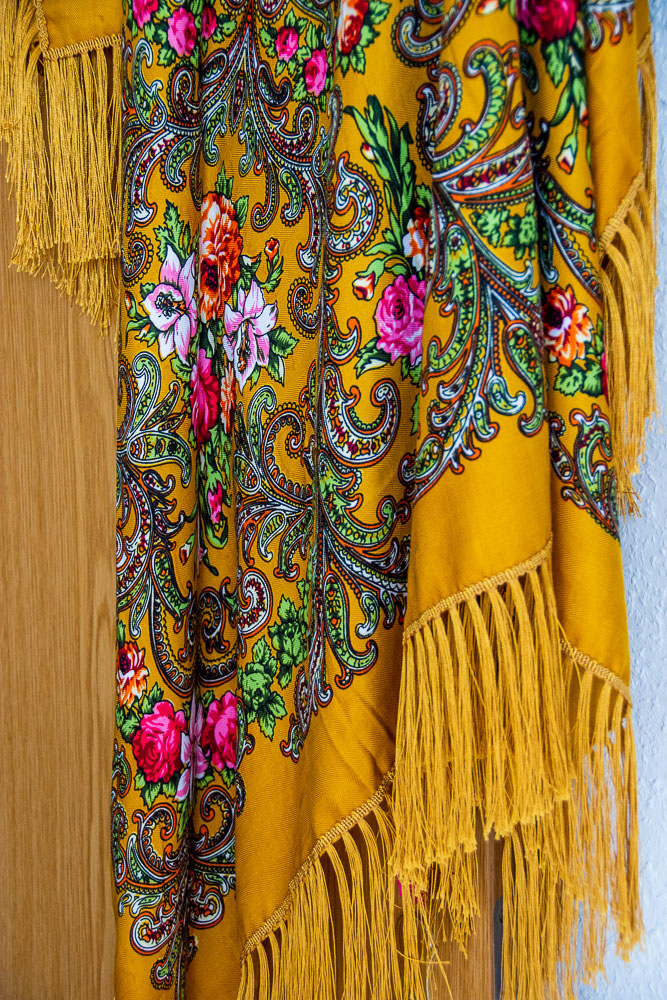 Russian folk shawl