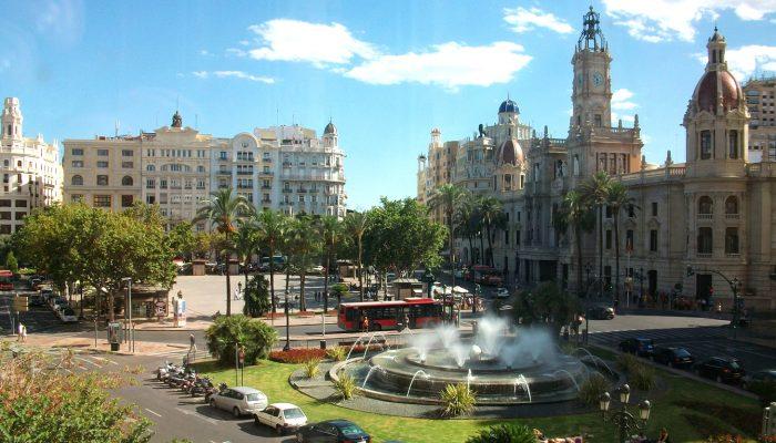Darwish-Holidays-Spain-Plaza-of-the-City-Hall-of-Valencia-09