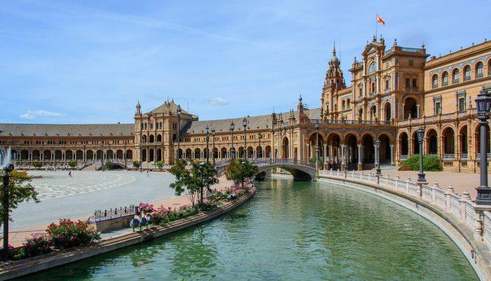 Darwish-Holidays-Spain-Seville-Plaza-de-España-19