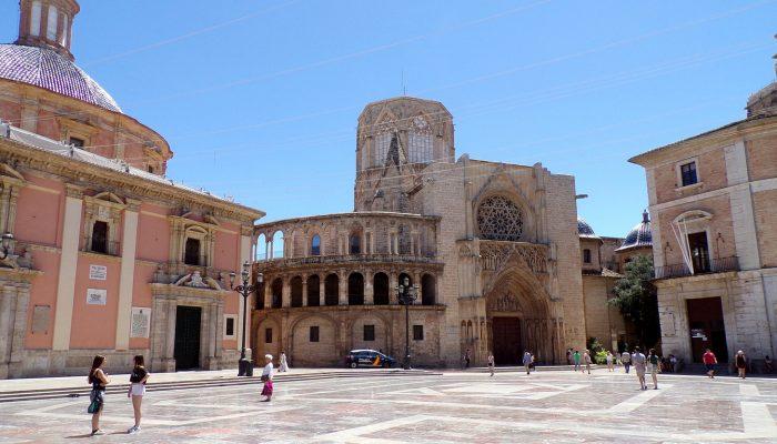 Darwish-Holidays-Spain-Valencia-cathedral-11