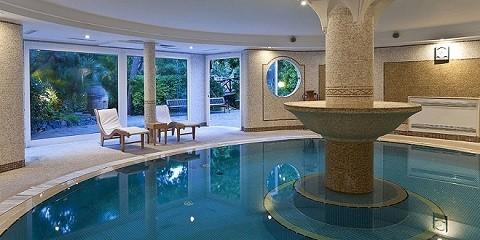 Отдых на острове Искья - термальный бассейн при отеле
