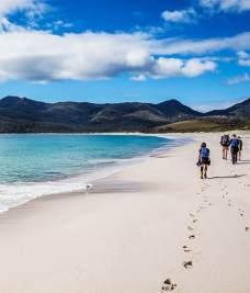 Остров Тасмания - Пляжи бухты в национальном парке Фрейцинет