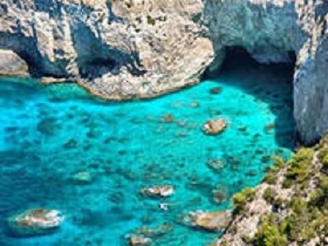 Отдых на острове Закинф, голубые пещеры