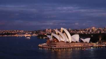 the_sydney_opera_house_at_dusk-1
