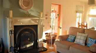 Living room of Milltown Mews Holiday Home Rathmullan
