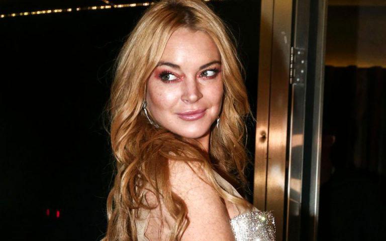 Lindsay lohan in mykonos