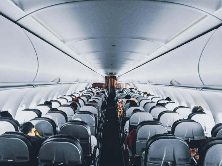 настаняване в самолета