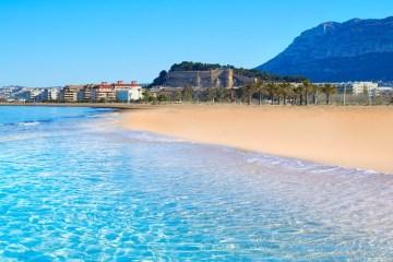 Почивка по плажовете на Аликанте