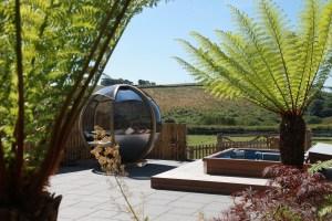 Secret garden hot tub