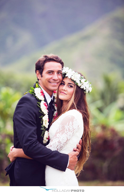 Traditional Hawaiian Wedding Gift Ideas  Gift Ftempo