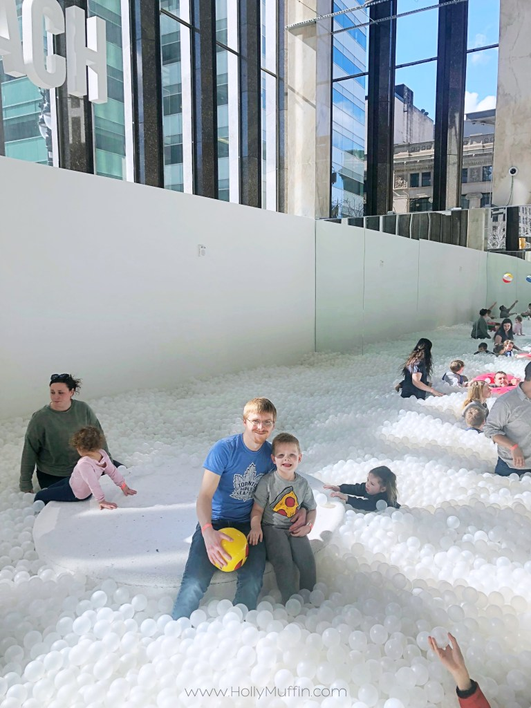 The coolest new FREE thing to do in Detroit - The Beach Detroit! A super unique ball bit experience. #Detroit #FamilyFun