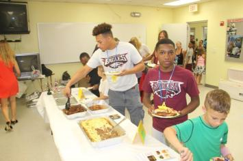 palhousefood2 Hollywood Police Athletic League hosts first open house