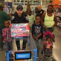shopwithacop9-e1482344916344 Shop with a Cop event warms hearts, brings smiles