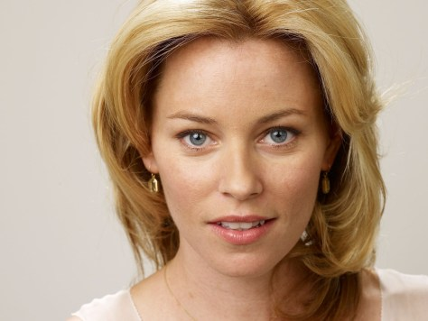 elizabeth-banks-movies-wallpaper-1