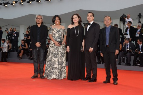 35016-awards_ceremony_-_red_carpet_-_ang_babaeng_humayo_-_film_delegation_-_la_biennale_di_venezia_-_foto_asac