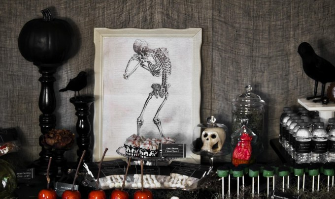 Gothic Halloween Decor