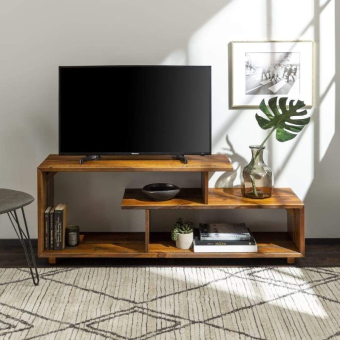 DIY Wood TV Stands for Your Upcoming Project