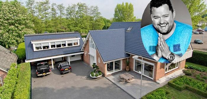 BINNENKIJKEN bij FRANS DUIJTS die voor €1.265.000 van zijn villa met zwembad, biljartkamer, bar en zelfs een kapsalon af wil