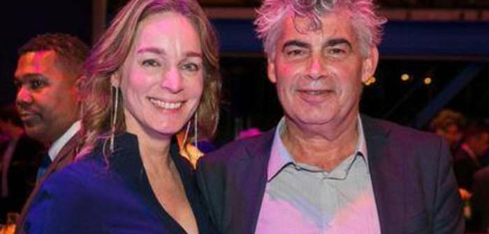 BINNENKIJKEN – Rob Oudkerk, de man van de prostituees, maakt comeback met nieuwe liefde, maar zonder zijn Franse huis