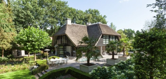 BINNENKIJKEN – Waarom wil niemand villa van GORDON kopen voor €3.250.000?