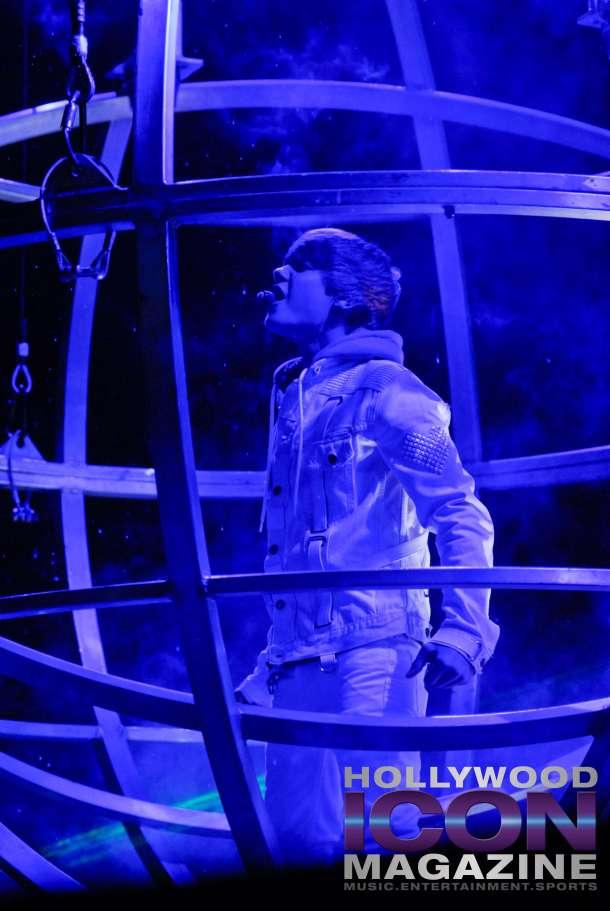 Justin-Bieber-Staples-Center-Los-Angeles-©-JB-Brookman-Photography-Hollywood-Icon-Magazine-1fhim