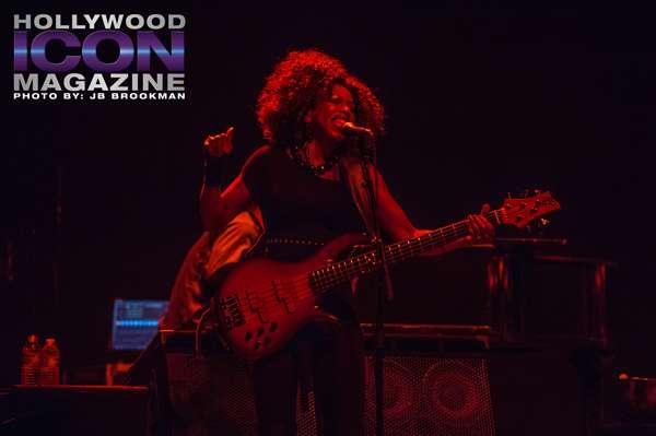 Oneida James, bassist for Joe Cocker.  Photo: JB Brookman