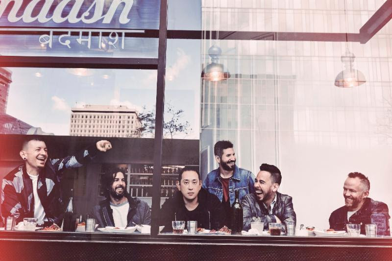"""LINKIN PARK FACEBOOK LIVE PERFORMANCE  OF NEW SINGLE """"HEAVY"""" AND MORE TODAY @ 12:00PM PST"""