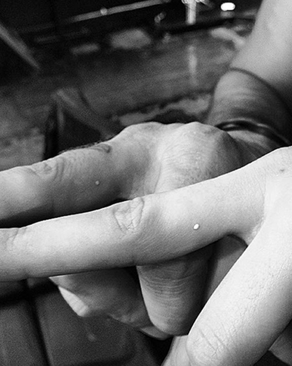 Dot Tattoo On Finger Meaning : tattoo, finger, meaning, Kendall, Jenner's, Tattoos:, Reveals, Meaning, Behind, White, Hollywood