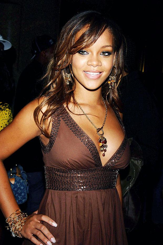 Rihanna Before After : rihanna, before, after, Rihanna, Photos, Star's, Transformation, Hollywood