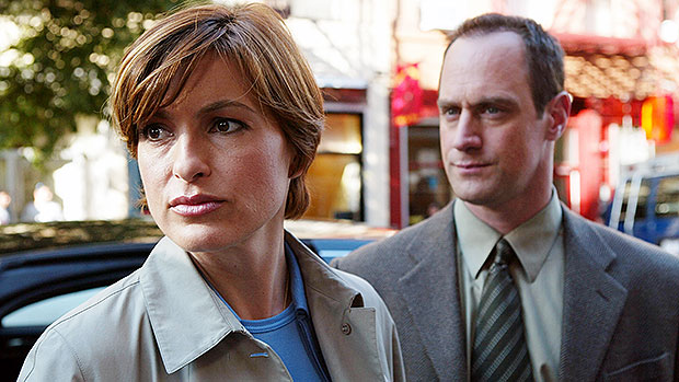 Mariska Hargitay & Christopher Meloni Reunite In First 'Law & Order' Pics – Gadget Clock