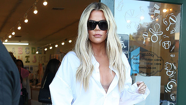 Khloe Kardashian Pops Backside In Jeans From Her Good American Brand – Gadget Clock