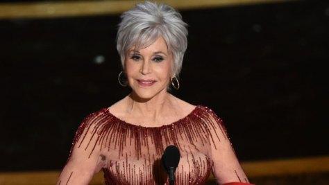 Jane Fonda, Brooklyn Decker, Allison Janney & More Stars Looking Stylish With Grey Hair