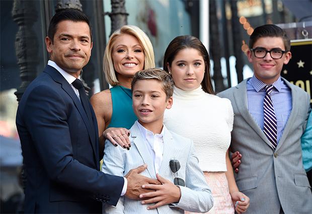 kelly ripa, mark consuelos and kids