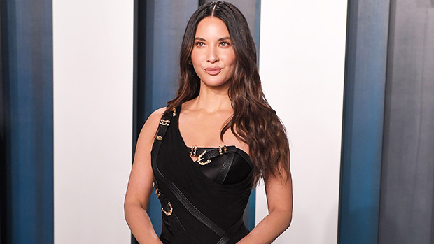 Olivia Munn Is Pregnant: Actress Expecting 1st Child With