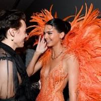 Модель Кендалл Дженнер и Гарри Стайлс замечены в 6 утра, выходящими из клуба после вечеринки Met Gala 2019 в Нью- Йорке.