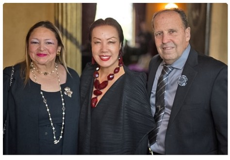 Faith and Murray with acclaimed fashion designer Sue Wong. Photo courtesy of Sheri DetermanPhotography
